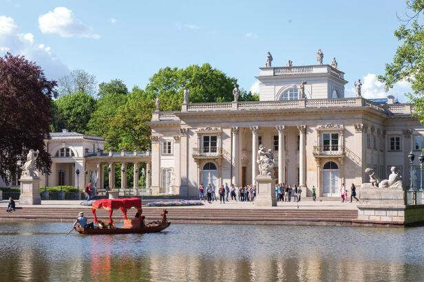 łazienki Królewskie Połączą Się Z Muzeum łowiectwa I