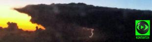 Burza z okna samolotu. Nagrał ją Reporter 24