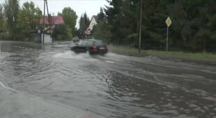 Zalana ulica w Kamieńcu Wrocławskim